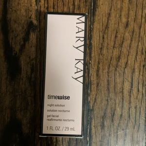 Mary Kay dry to oily skin night solution